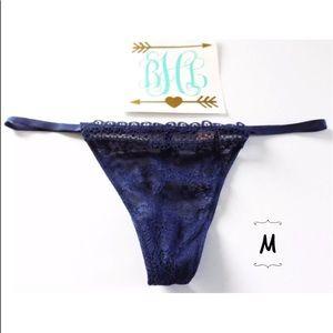 Victoria's Secret V-String Thong Panties Medium
